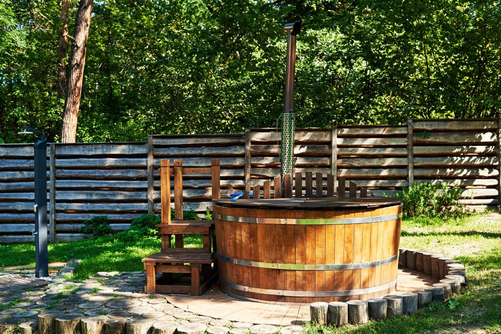 Jacuzzi In Tuin : Bubbelbad of jacuzzi in uw tuin